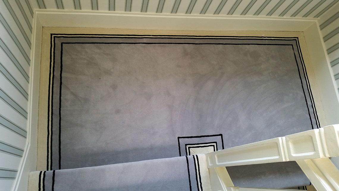 moquette grise uni bordure noire. Black Bedroom Furniture Sets. Home Design Ideas