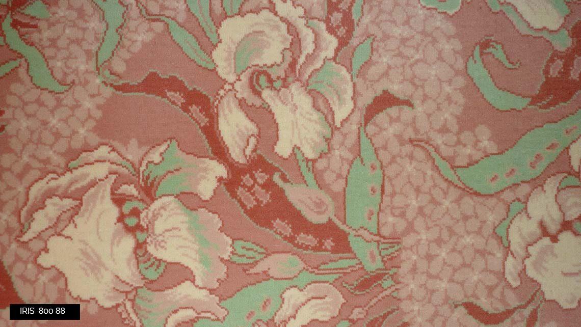 moquette motif fleurs Iris