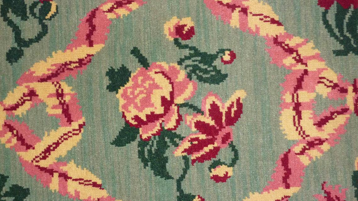moquette motif fleurie